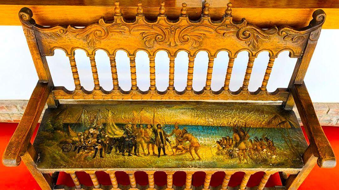 Historias precolombinas retratadas en muebles de la época colonial
