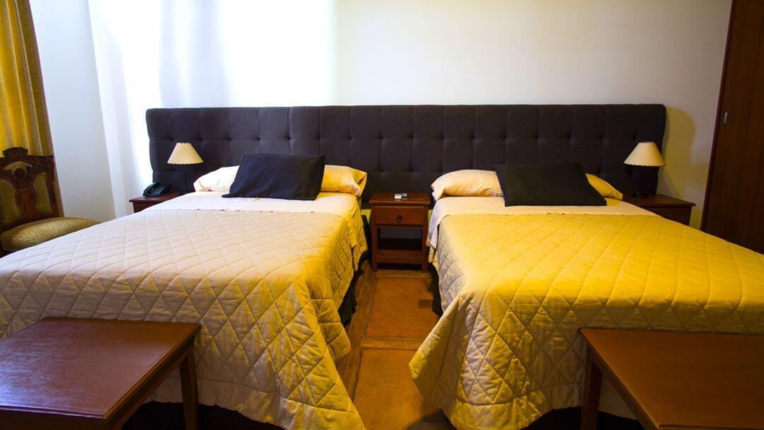 Camas de habitación doble para un placentero descanso.